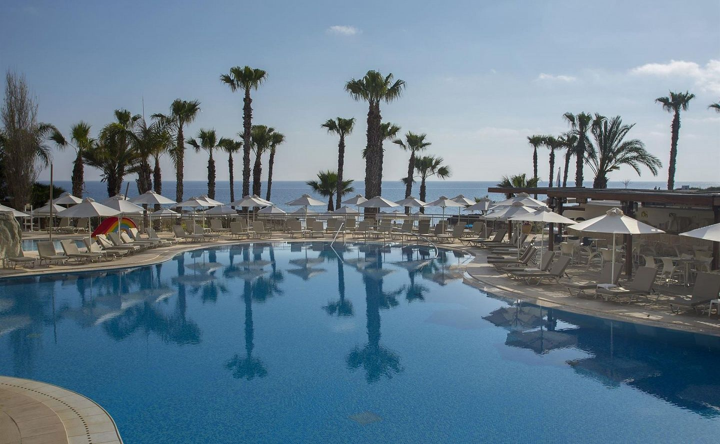 LOUIS ALTHEA BEACH HOTEL 4 * - Изображение 1